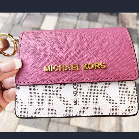 e83ac07b26d9 Gaby sBagsM👜👛ichael Kors Card Holder Wallet Pink